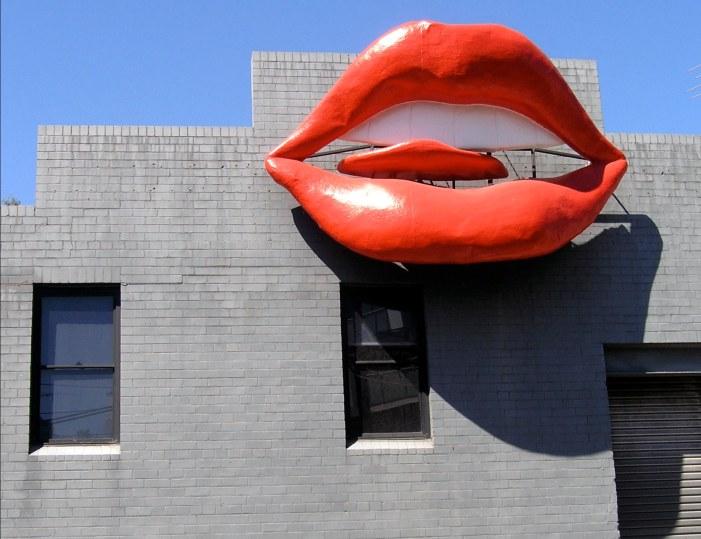 NT building lips